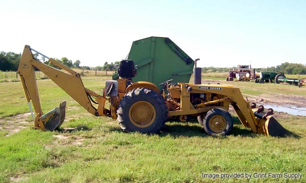 John Deere 300 industrial tractor photo