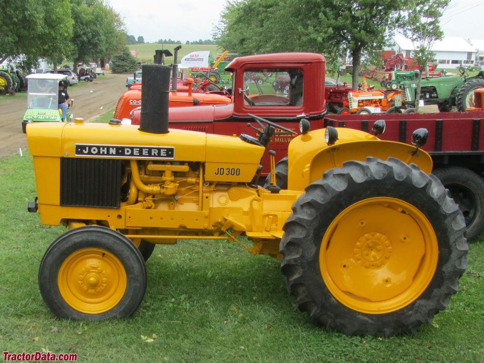 John Deere 300 Lawn Tractor Attachments : Tractordata john deere industrial tractor photos