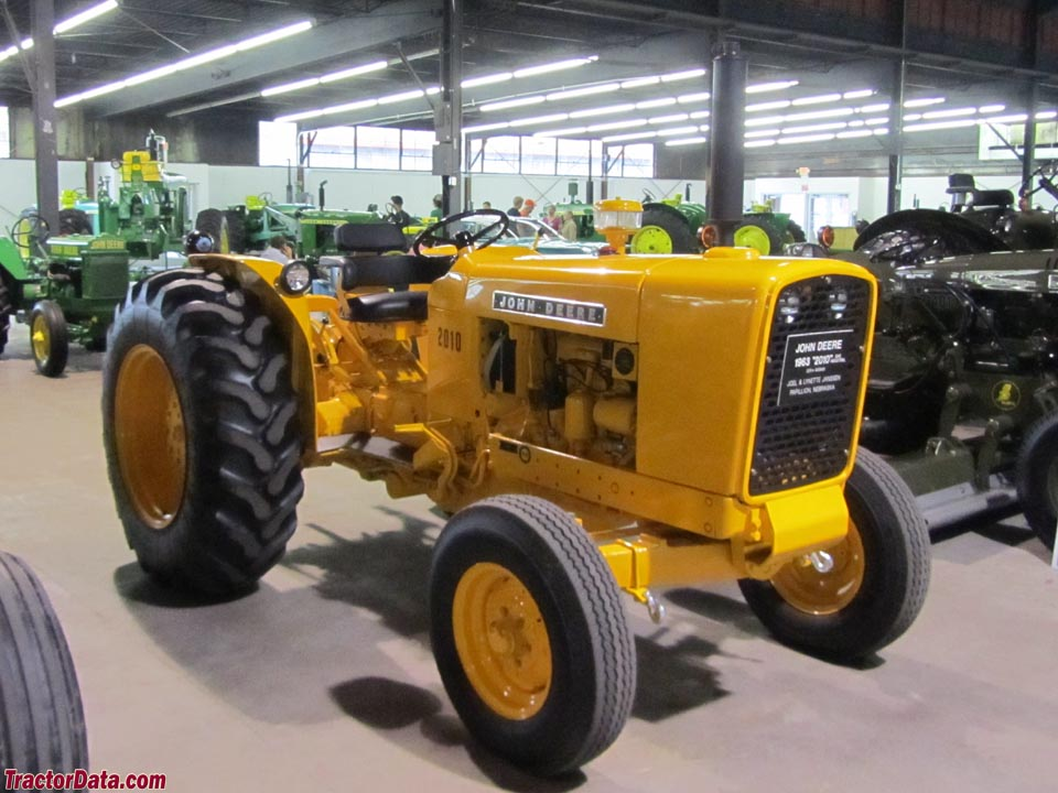Jd 2010 Industrial Tractor : Tractordata john deere wheel tractor photos