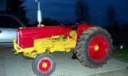 International Harvester 2444 industrial tractor photo