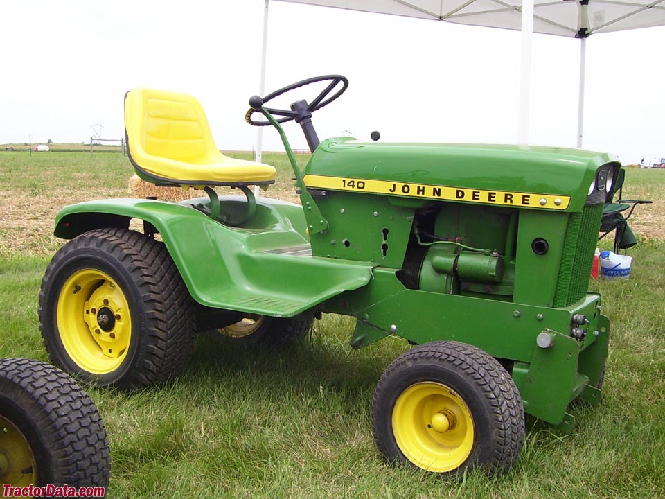 12 td4 b01 what is the best john deere 140 tractor? John Deere 140 Hydrostatic Tractor at gsmportal.co