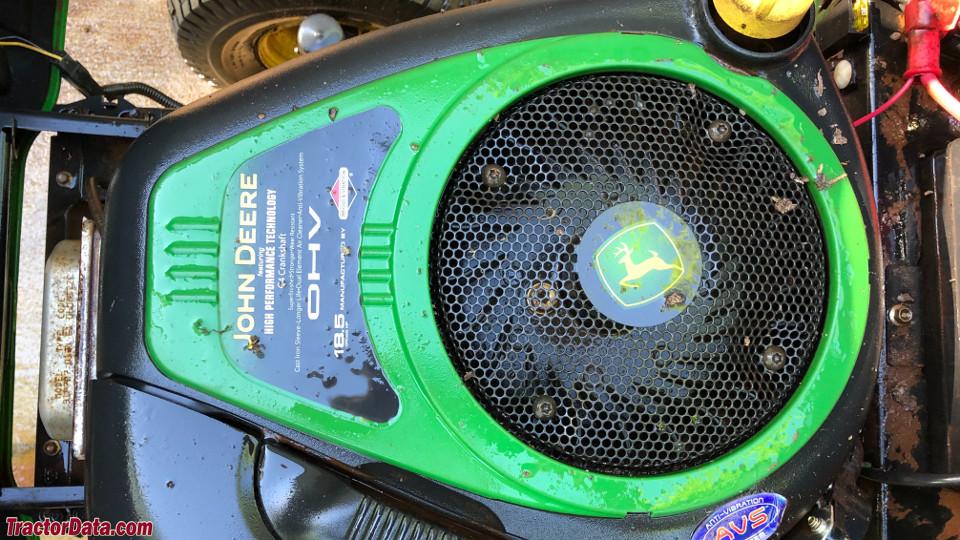John Deere LA100 engine image