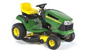 John Deere LA100 lawn tractor photo