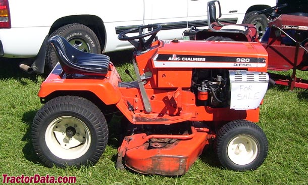 Allis-Chalmers 920 right-side view