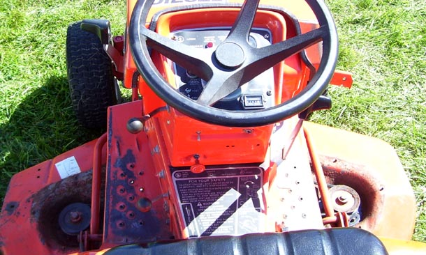 Allis Chalmers 920  transmission photo