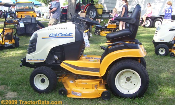 Left side of the Cub Cadet GT 2550
