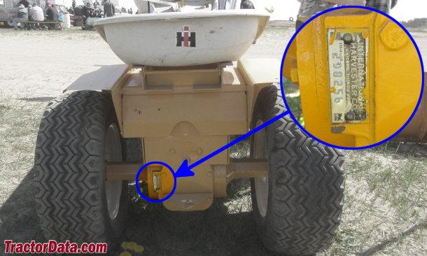 TractorData com Cub Cadet 124 tractor information
