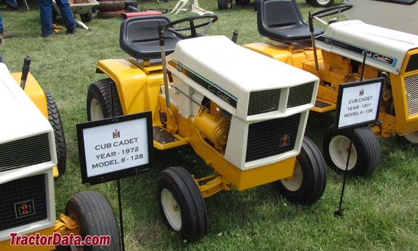 Cub Cadet 108, front-right view