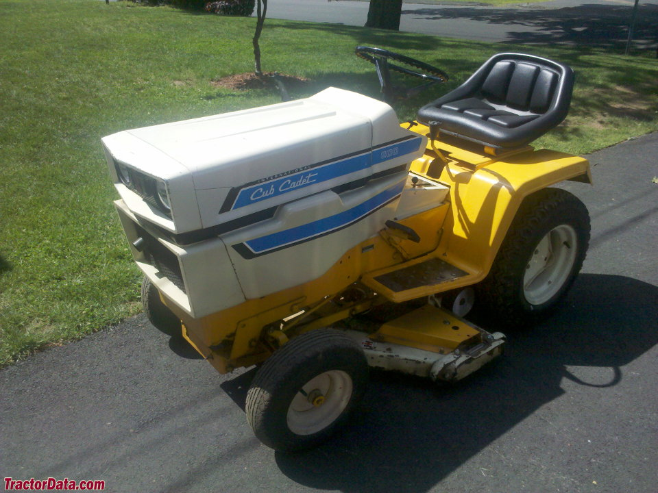 Td B on Cub Cadet 2000 Series Tractor