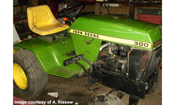 john deere 300 tractor photos information. Black Bedroom Furniture Sets. Home Design Ideas