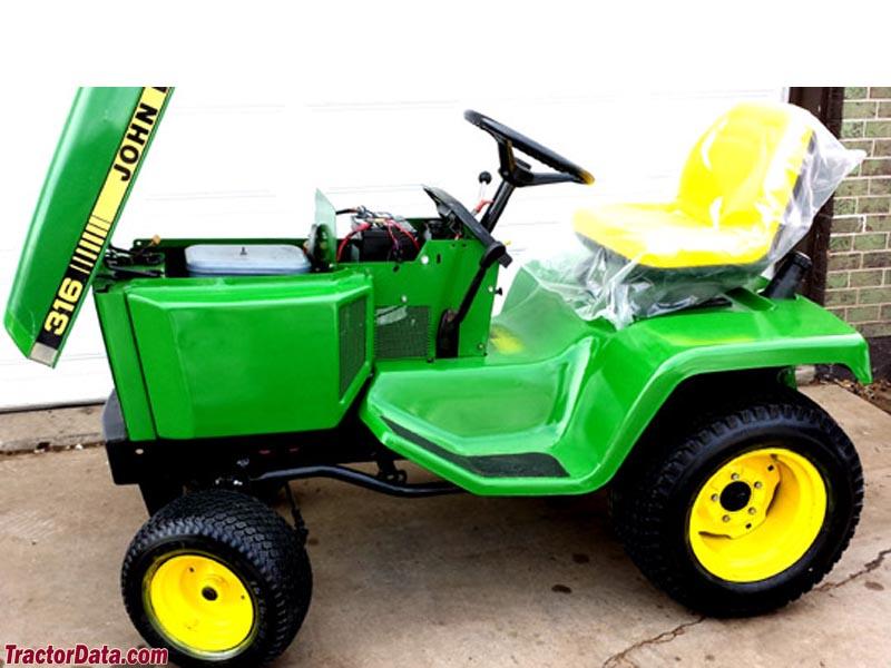 Custom Lawn Tractor Hood : Tractordata john deere tractor photos information