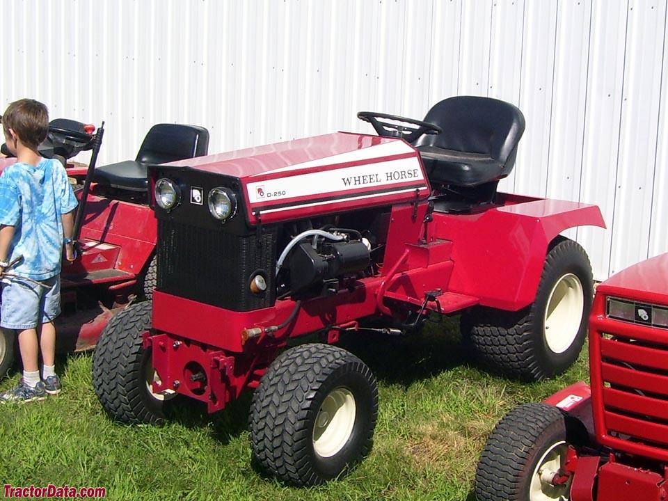 Tractordata Com Wheel Horse D 250 Tractor Photos Information