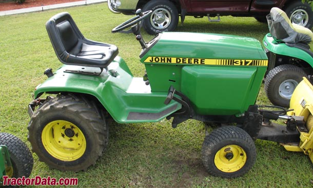 John Deere 317 Tractor Photos Information