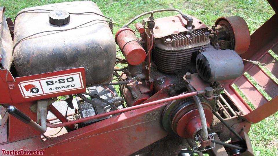Wheel Horse B-80 engine image
