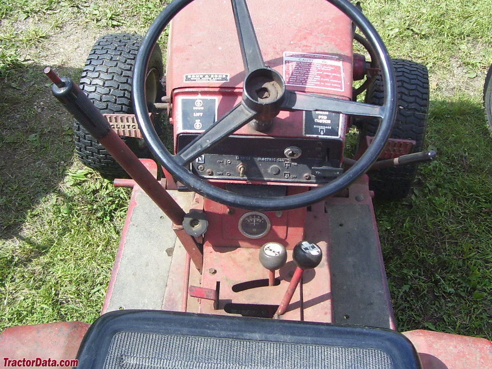Wheel Horse C-160 gear drive operator station and controls.
