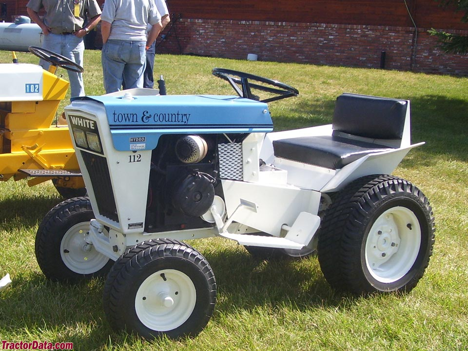 Tractordata Com White Town Amp Country 112 Tractor Photos