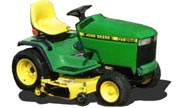John Deere GT262 lawn tractor photo