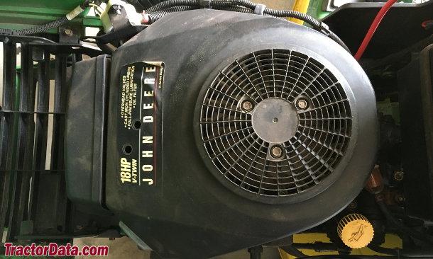 John Deere 325  engine photo