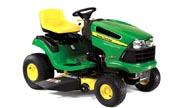 John Deere LA115 lawn tractor photo