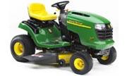 John Deere L111 lawn tractor photo