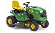 John Deere L118 lawn tractor photo