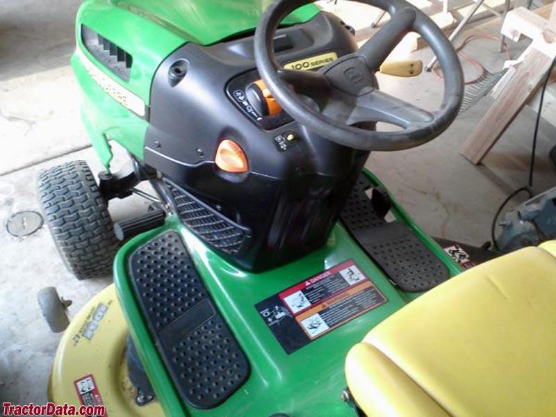 Tractordata Com John Deere 115 Tractor Photos Information
