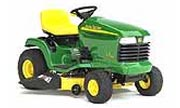 John Deere LT160 lawn tractor photo