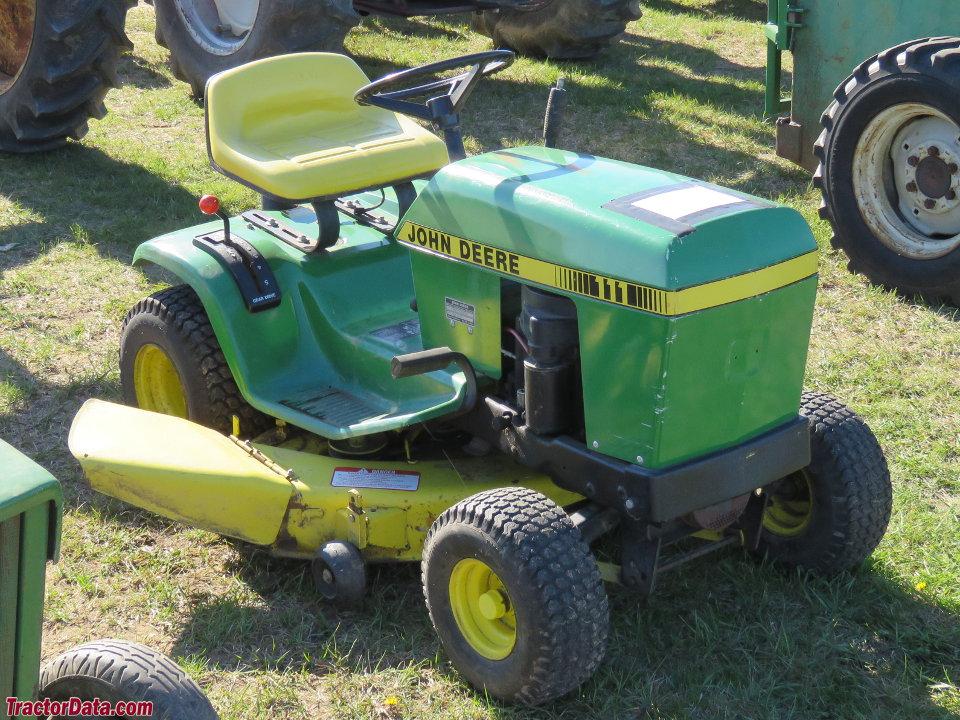 Tractordata Com John Deere 111 Tractor Photos Information