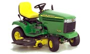 John Deere LX277 lawn tractor photo