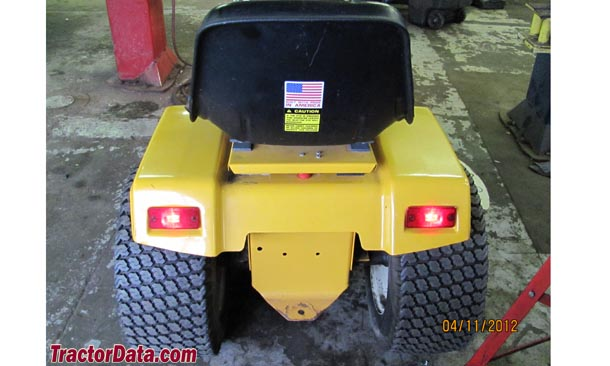 Cub Cadet 1204, rear view