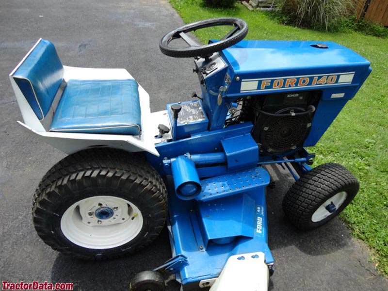TractorDatacom Ford 140 tractor photos information