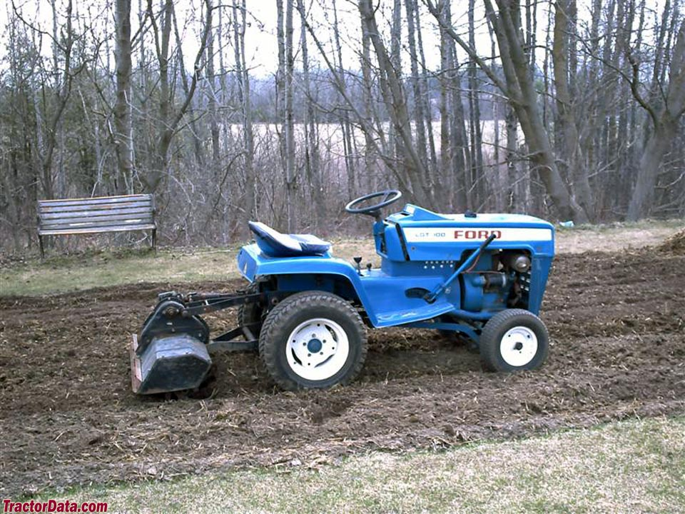 TractorDatacom Ford LGT 100 tractor photos information