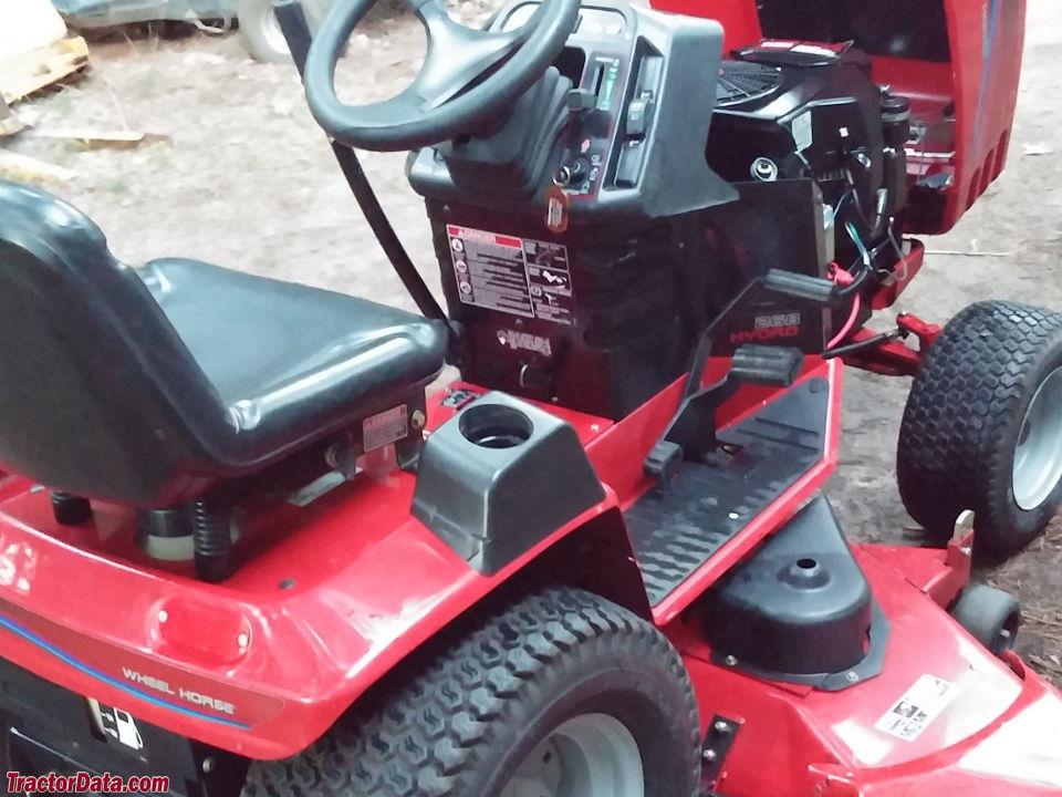 Lawn Tractor Hoods : Tractordata wheel horse h tractor photos information