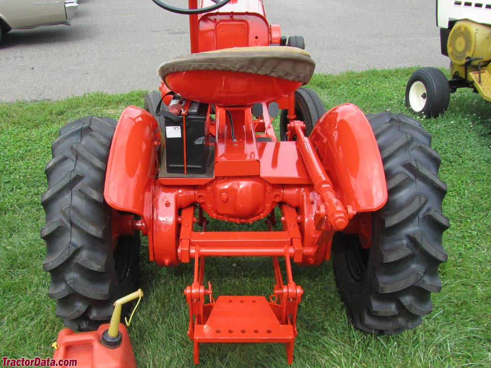 TractorData.com Economy Power King 14HP tractor photos ...