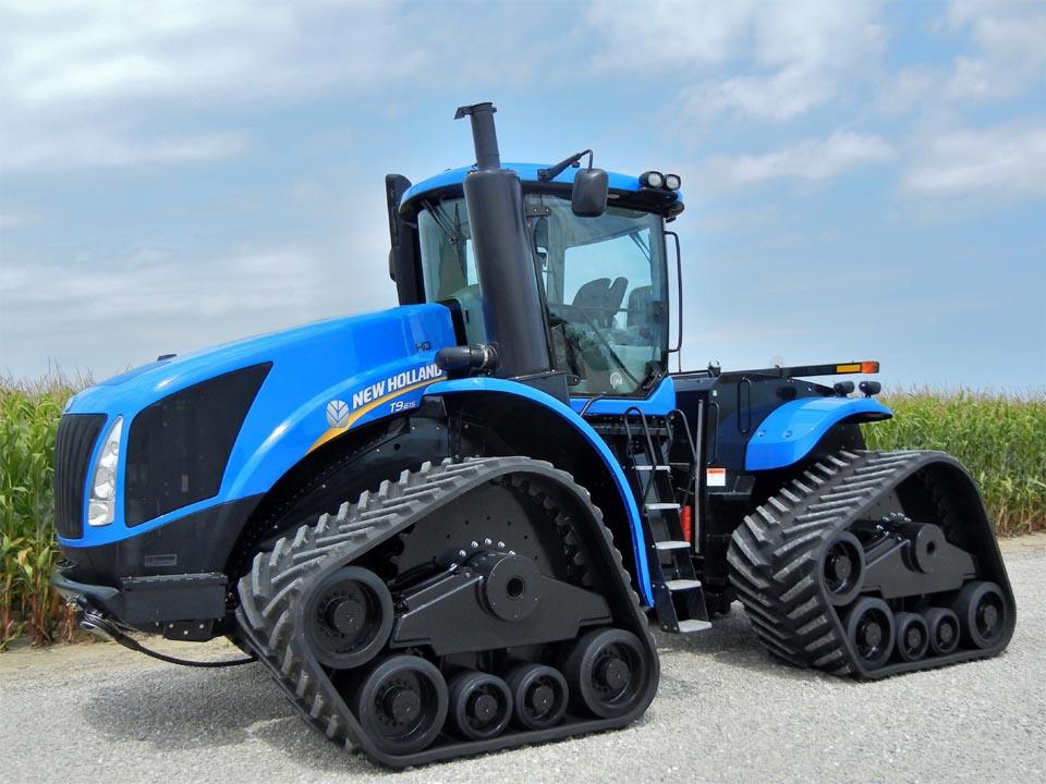 New holland t9 615 with smarttrax tracks