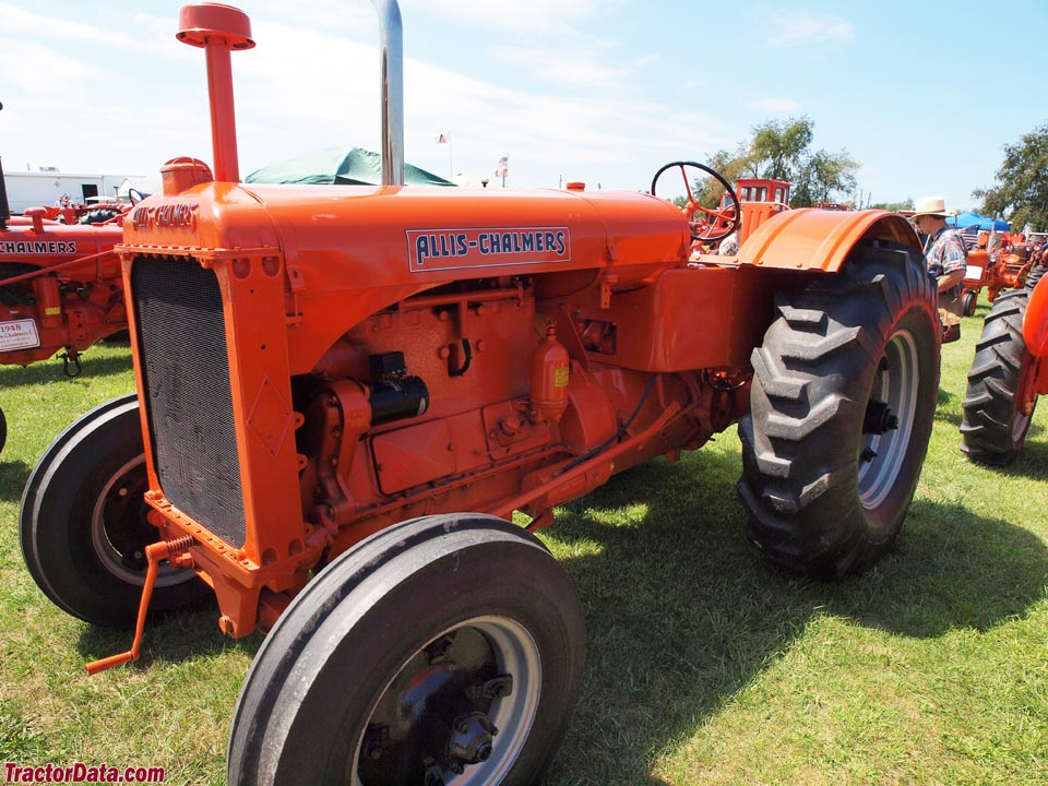 1939 Allis-Chalmers model A tractor, front-left view.