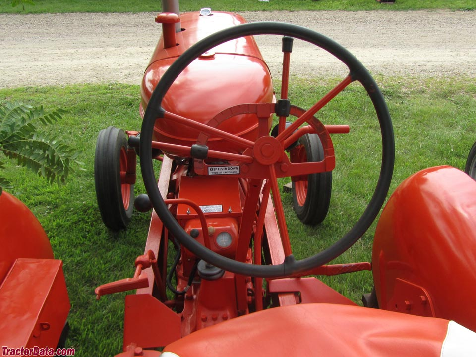 Allis-Chalmers WD operator station and controls.