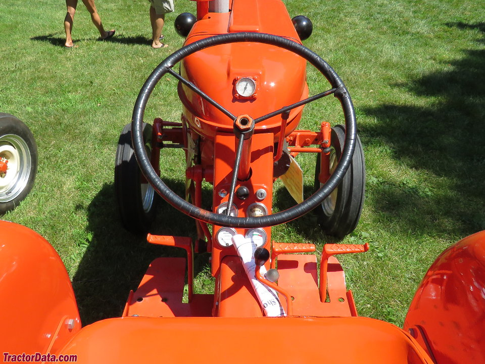Allis-Chalmers D-10 operator station and controls.