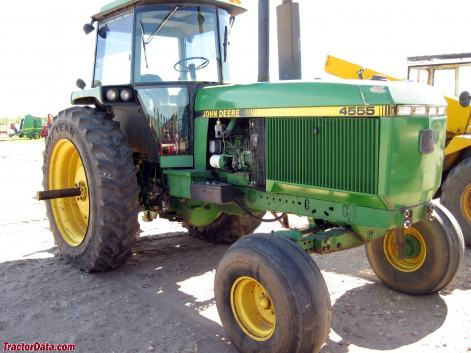 Two-wheel drive John Deere 4555