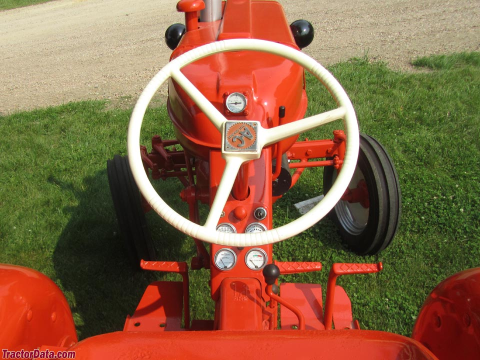Allis-Chalmers D12 operator station and controls.