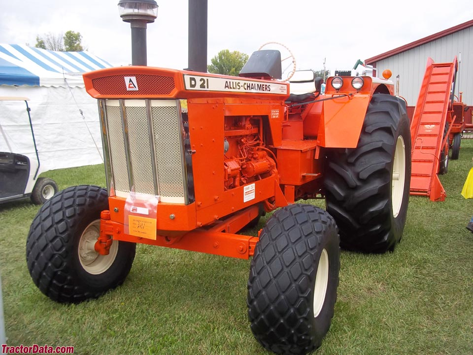 Allis Chalmers D21 : Tractordata allis chalmers d tractor photos information