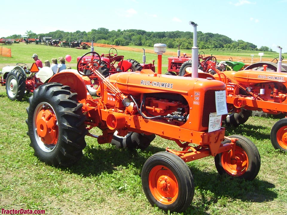 Allis-Chalmers WD45 diesel, right side.