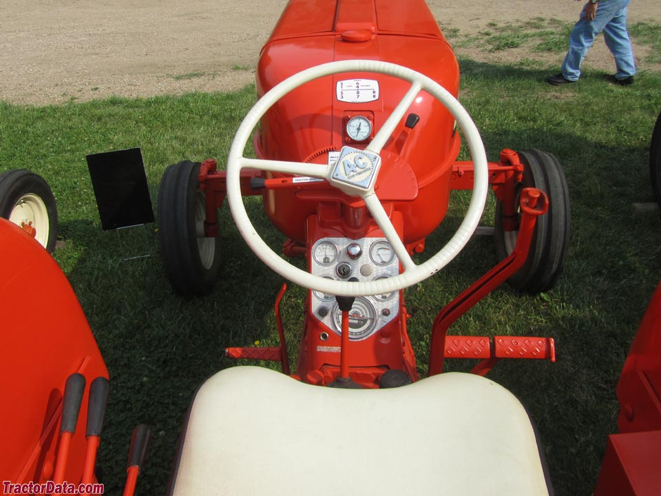 Allis-Chalmers D19 operator station and controls.