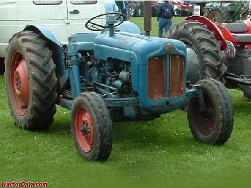 Early Fordson Dexta