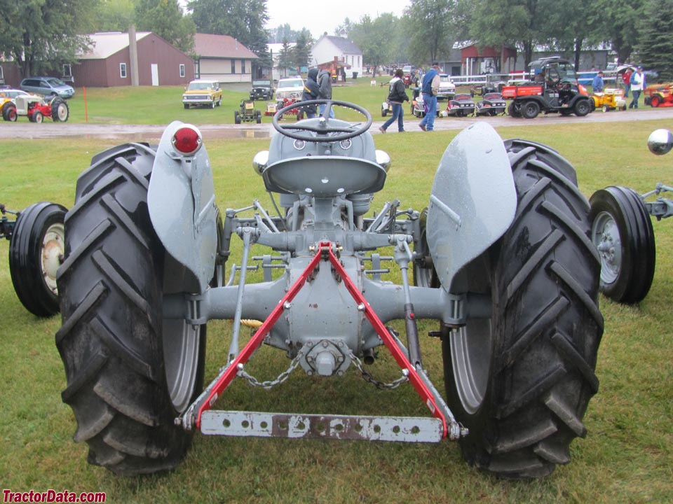 Ford 850 Tractor Serial Numbers : N ford tractor serial number location tractors