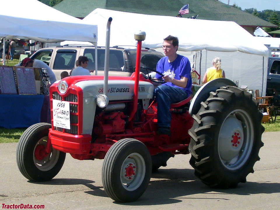 Ford Powermaster 841 Tractor Photos Information