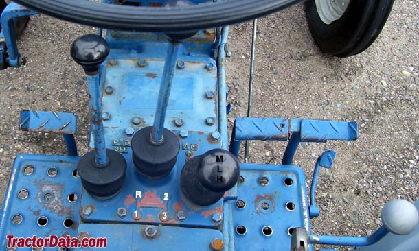 Ford 1600  transmission photo