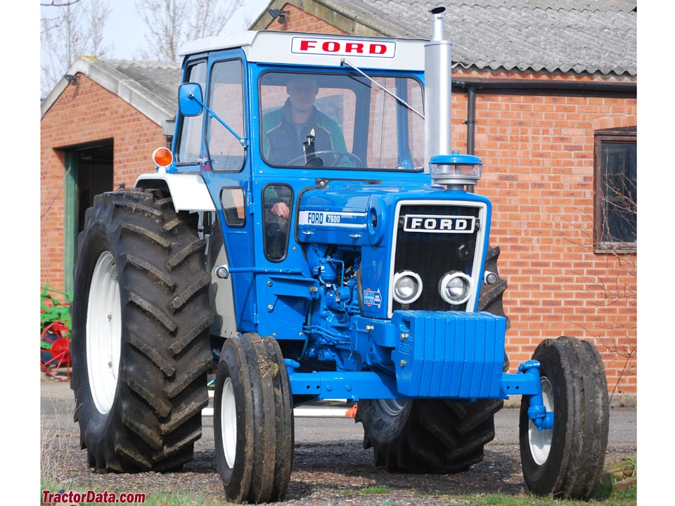 Ford 7600 Specs : Ford tractor specifications
