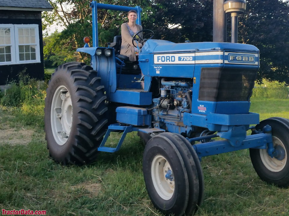 Ford Model F Tractor : Tractordata ford tractor photos information