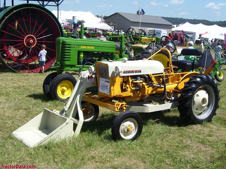 TractorData com International Harvester Cub tractor photos